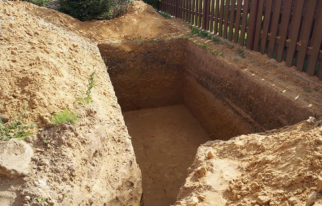 Готовый котлован под установку бетонного основания под размеры газгольдера - компания ГАЗБУРГ